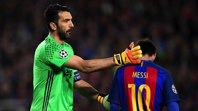 Lieu Messi co tot duoc nhu Ronaldo? hinh anh 1