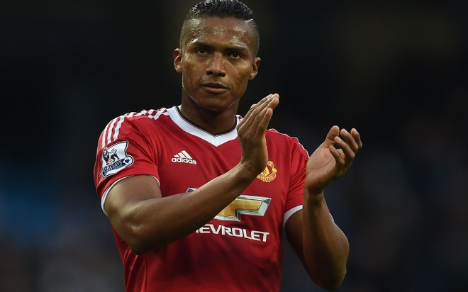 Antonio Valencia, tang da gan ly o Old Trafford hinh anh