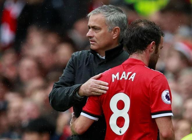 Tai sao Mourinho qua bat cong voi Juan Mata? hinh anh 1