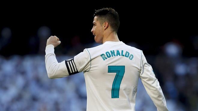 Bao gio Ronaldo moi chinh thuc het thoi? hinh anh