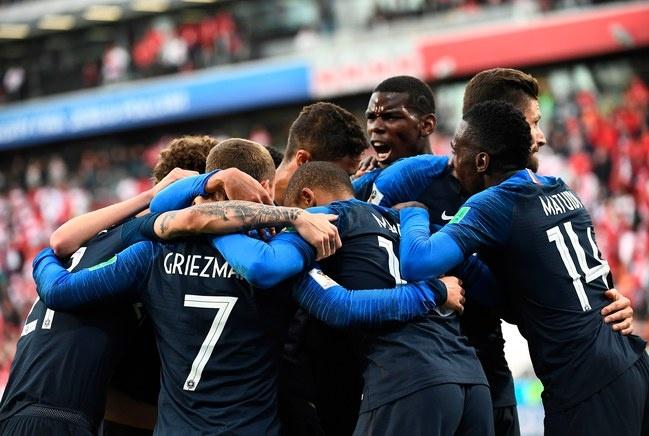 Dan Mach gap Phap: Les Bleus xay chac ngoi dau hinh anh 2