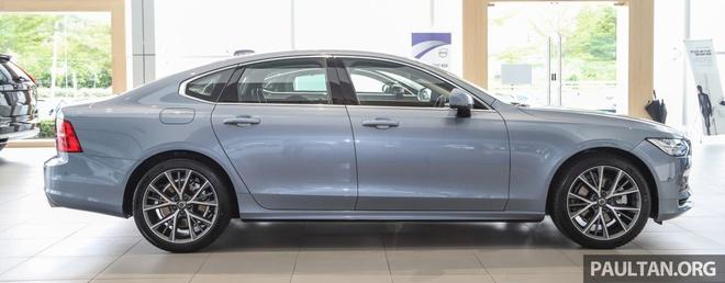 Volvo S90 T5 Momentum ra mat tai Malaysia, gia hon 80.000 USD hinh anh 4