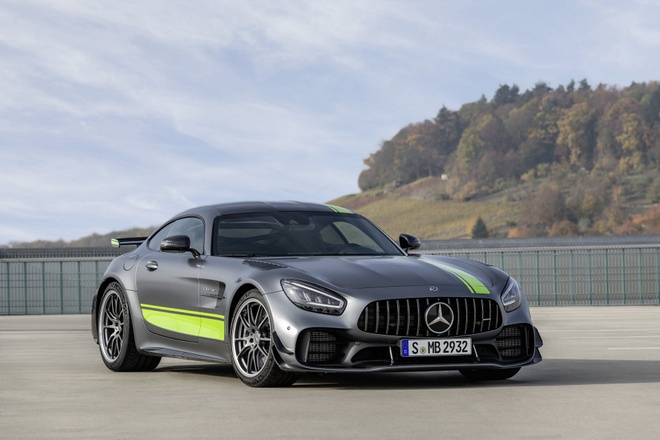 Mercedes-Benz AMG GT 2020 ra mat, co them ban Pro hinh anh