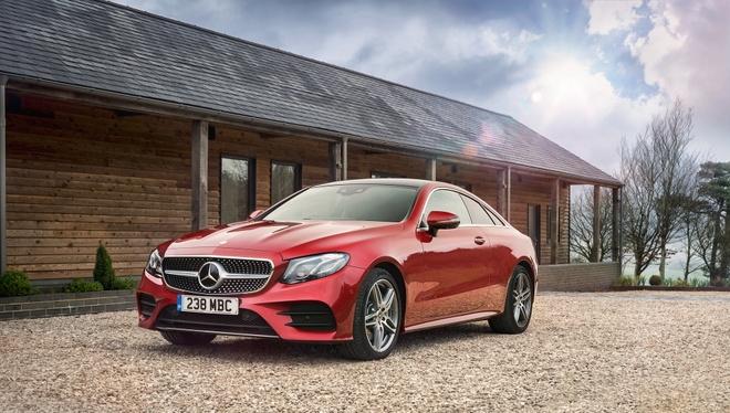 Mercedes-Benz E350 2019 dung dong co hybrid 300 ma luc hinh anh