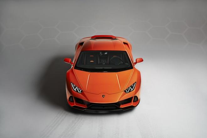 Sieu xe the thao Lamborghini Huracan EVO 2020 xuat tran hinh anh