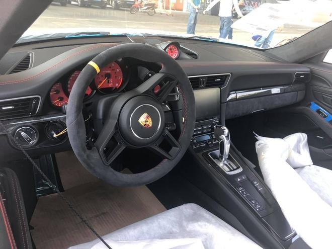 Porsche 911 GT2 RS gia 20 ty vua ve Viet Nam hinh anh 6