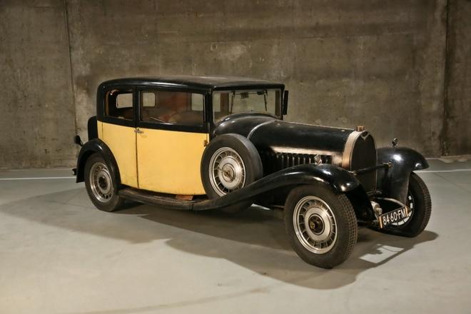 Bo suu tap Bugatti co gia trieu USD bi giau hang thap ky hinh anh 1