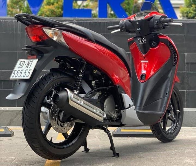 Yamaha Exciter 150 bien so ngu quy 'het gia' gan 200 trieu hinh anh 3