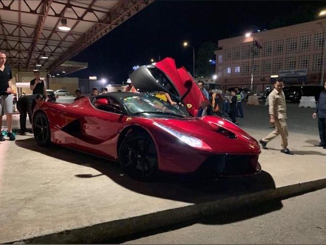 Bo doi Ferrari LaFerrari tai Campuchia anh 1