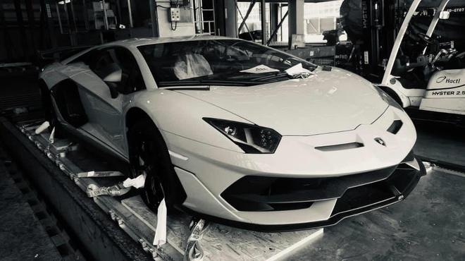 'Sieu bo' Lamborghini Aventador SVJ ban gioi han cap ben VN hinh anh 1