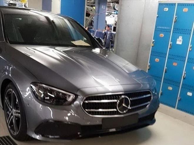 Hinh anh Mercedes-Benz E-Class va S-Class the he moi ro ri hinh anh 1 Mercedes_E02_AMG_.jpg