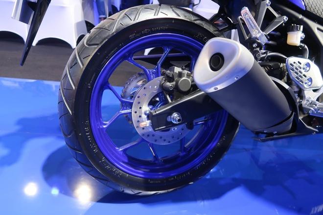 Yamaha YZF-R25 2020 ra mat, nang cap nhe thiet ke, them mau moi hinh anh 7 2019YamahaYZFR2520_1.jpg