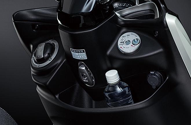 Yamaha Majesty S 155 2020 ra mat, quyet dau Honda PCX hinh anh 8 Yamaha_Majesty_S_155_Japan_10.jpg