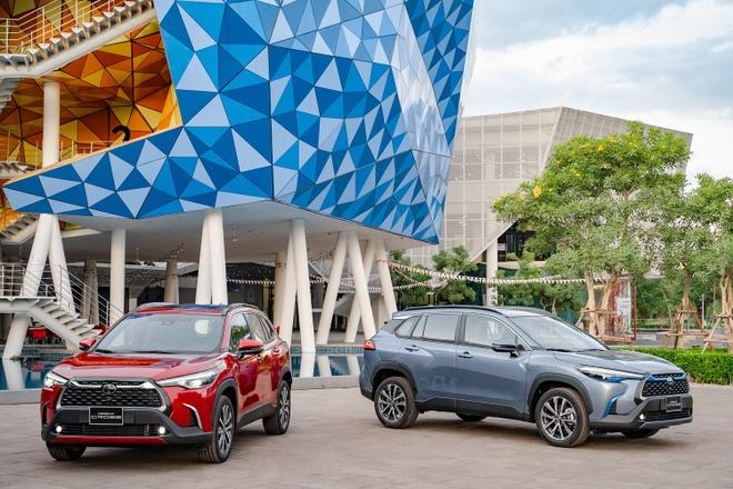 Toyota Corolla Cross ra mat VN anh 1