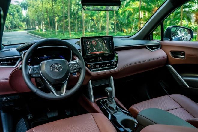 Toyota Corolla Cross ra mat VN anh 3