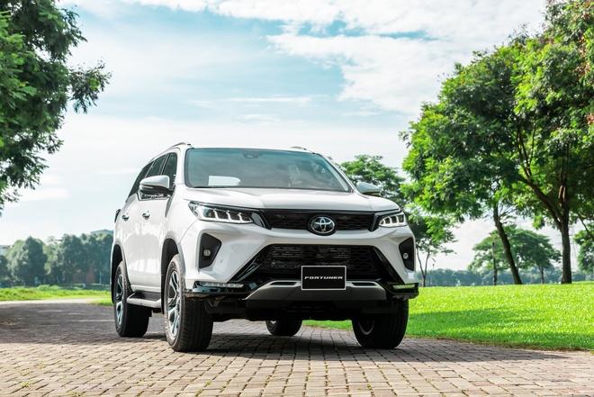 Toyota Fortuner 2021 ra mat Viet Nam anh 2