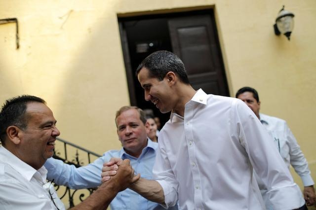 Maduro va Guaido Venezuela anh 2