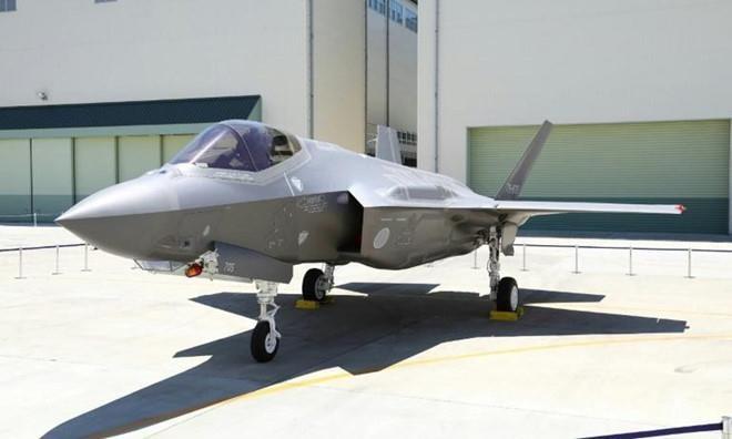 Nhat Ban: F-35 roi vi phi cong mat phuong huong khi ne may bay My hinh anh 1
