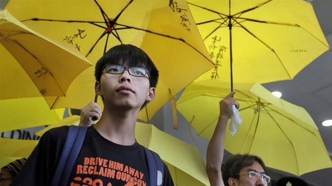 Thu linh bieu tinh Hong Kong Joshua Wong ra tu hinh anh 1