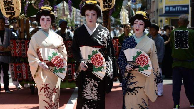 kimono thanh thuong hieu ao lot anh 2