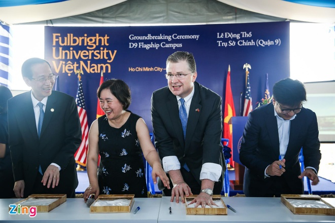 dai hoc fulbright anh 1