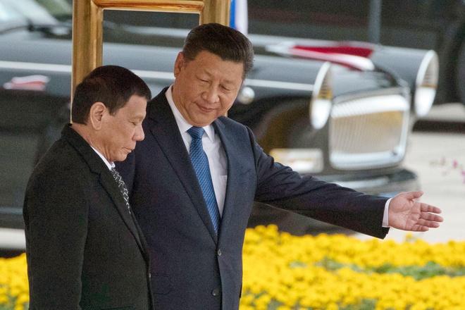 'TQ dung co bit mieng' - TT Duterte cung giong ve Bien Dong hinh anh 1