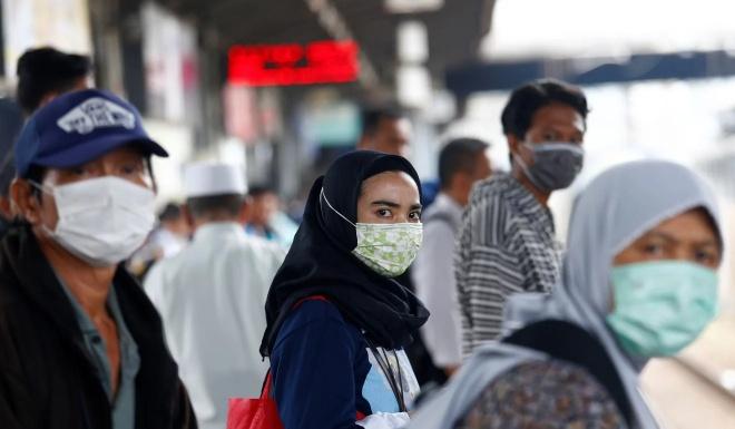 Bo truong Indonesia: Chua co ca nhiem virus corona la 'nho cau nguyen' hinh anh 2 ezgif.com_webp_to_jpg_Reuters.jpg