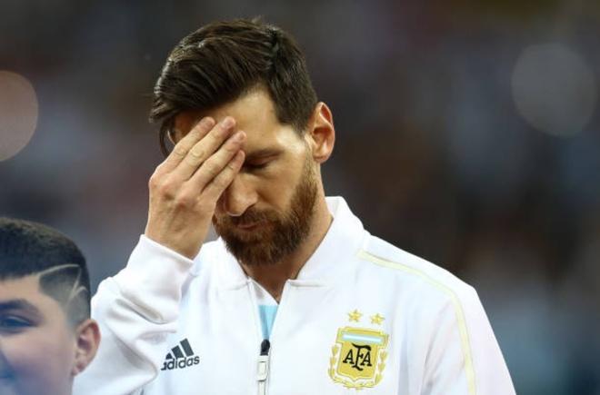 Lionel Messi: 'Chung toi da phai chiu dung rat nhieu' hinh anh