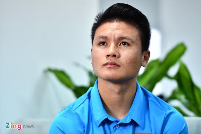 Quang Hai: 'Dan vat khi vi minh ma doi tuyen mat huy chuong' hinh anh