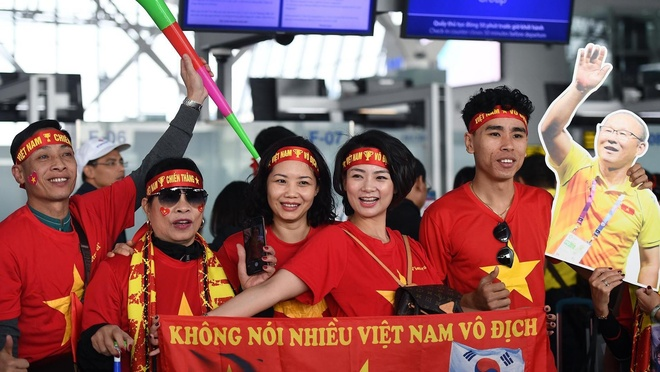 Hang tram CDV sang Philippines tiep lua U22 Viet Nam hinh anh