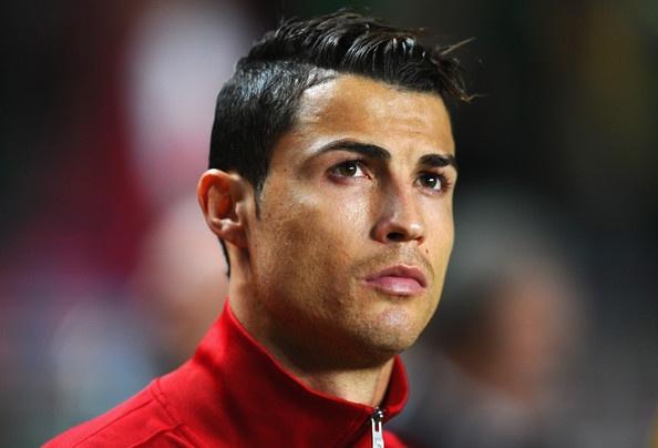 Cristiano Ronaldo se 'tit ngoi' dem nay? hinh anh