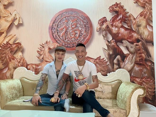 Huan 'Hoa Hong' khoe tien do truoc khi bi dua di cai nghien hinh anh 4