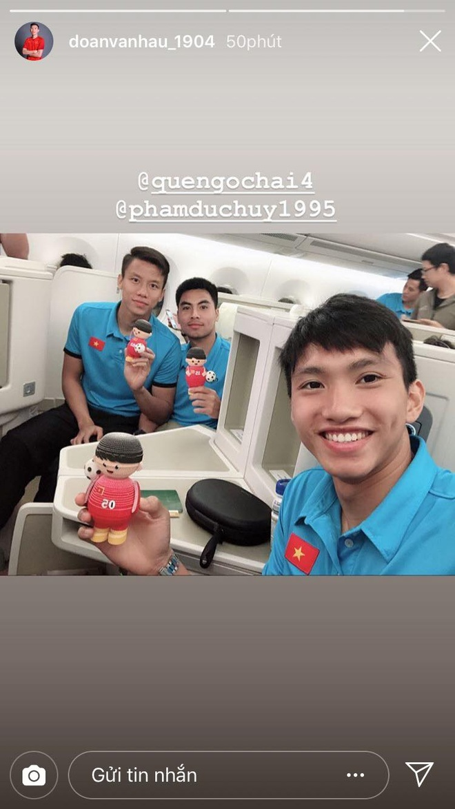 'Song Duc' tinh cam, Duc Chinh tran an nguoi ham mo truoc khi ve nuoc hinh anh 8