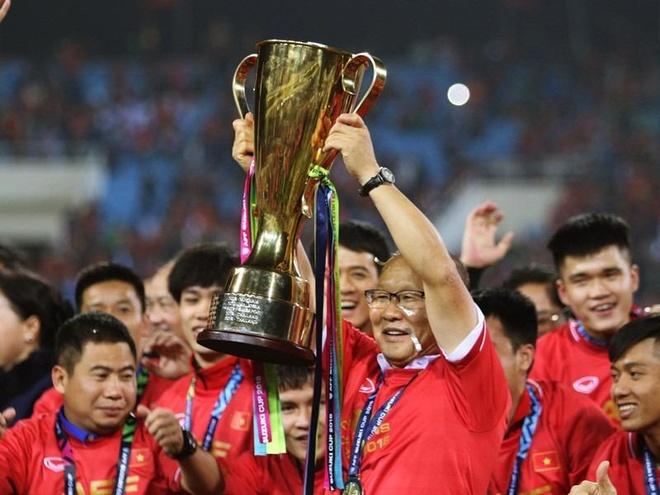 Dan mang Han Quoc: 'Toi cu ngo dang xem World Cup 2002 o nuoc minh' hinh anh