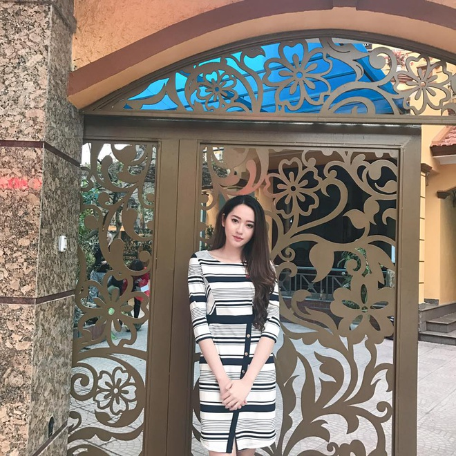 Ban gai hoa khoi cao 1,74 m cua cau thu Dinh Thanh Binh hinh anh 4