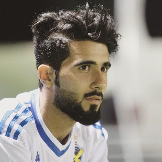 Doi truong U23 Iraq co ve ngoai lich lam, hut 600.000 fan tren mang hinh anh 1