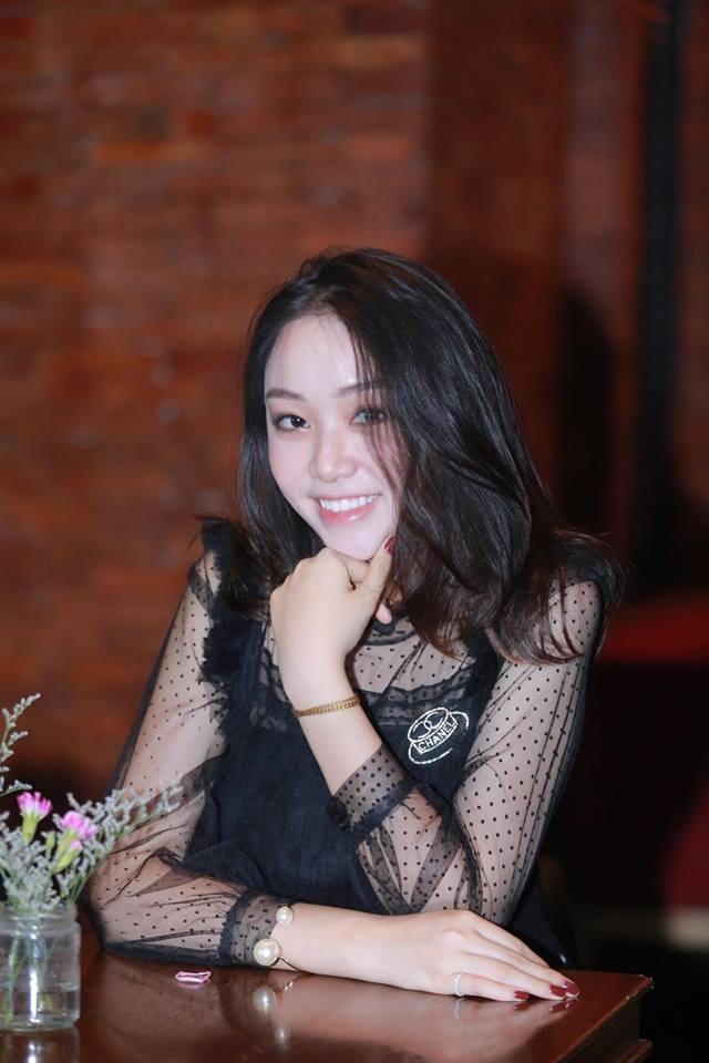 9X tang hoa Chu tich Tap Can Binh: 'Khong bao gio quen giay phut do' hinh anh 5