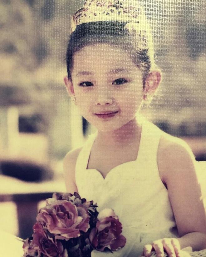 Nu sinh Han duoc khen la 'phep cong hoan hao' cua ca si Sulli va Suzy hinh anh 12