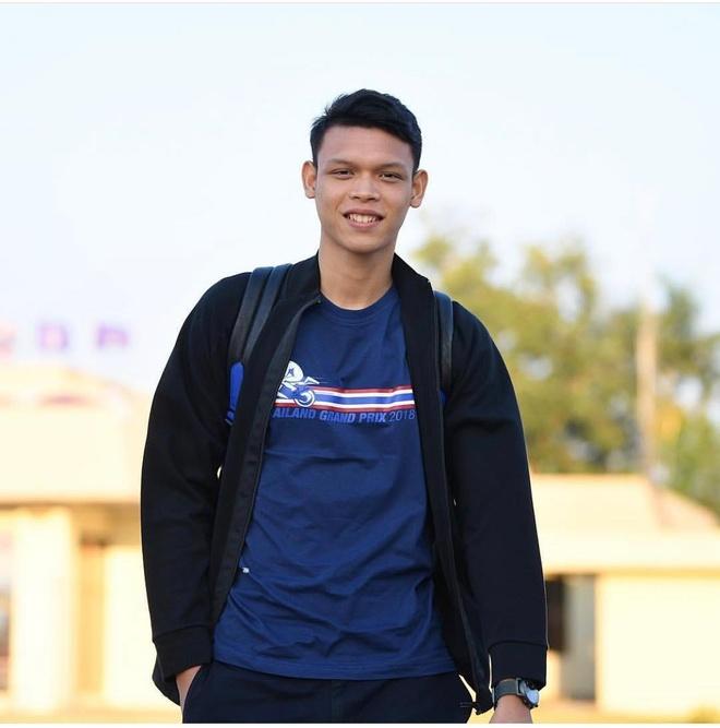 Dan mang 'lam loan' Facebook cau thu Thai Lan choi xau Dinh Trong hinh anh 3
