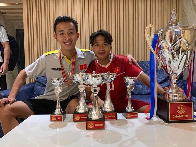 Tien dao 10X ghi ban thang duy nhat vao luoi U19 Thai Lan la ai? hinh anh 6