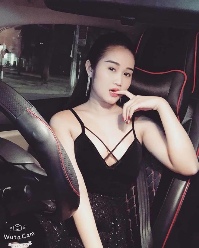Nang WAG Viet nao chuong phong cach an mac sexy, quyen ru? hinh anh 9