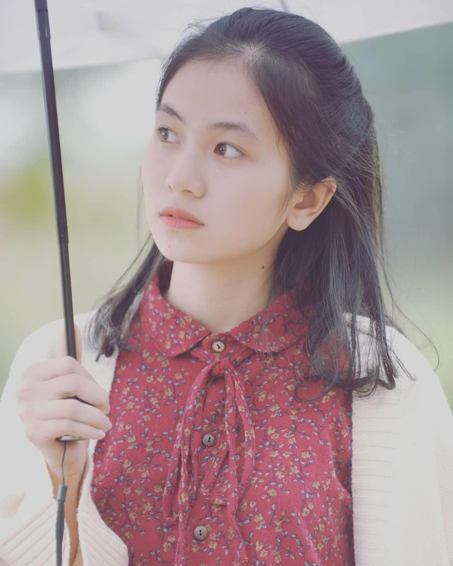 Hot girl anh the truong Y: 'Minh tu cham ban than duoc 5 diem thoi' hinh anh 4