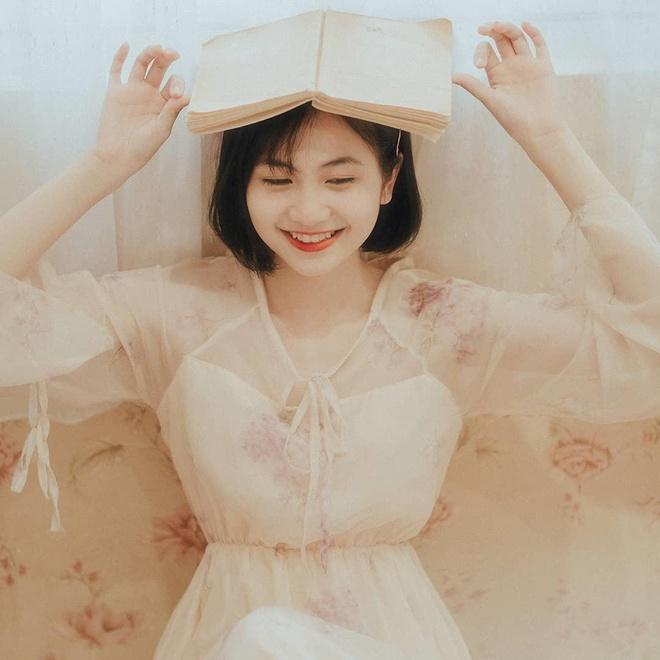 Hot girl anh the truong Y: 'Minh tu cham ban than duoc 5 diem thoi' hinh anh 5