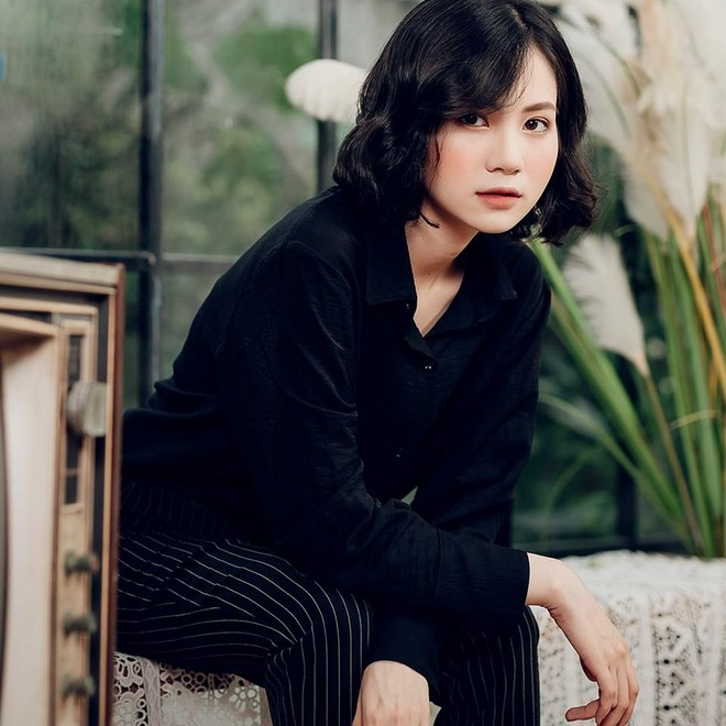 Hot girl anh the truong Y: 'Minh tu cham ban than duoc 5 diem thoi' hinh anh 1