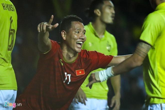 Tran Viet Nam - Thai Lan lot top tim kiem tren mang xa hoi Han Quoc hinh anh 2