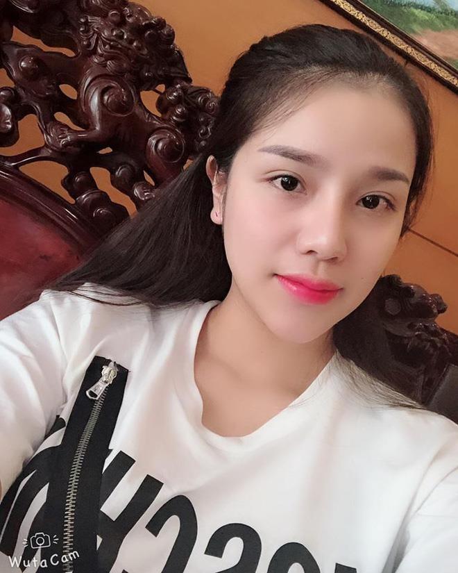 Khanh Linh - tu tinh yeu ngot ngao den vo sap cuoi cua 'Tu' Dung hinh anh 3