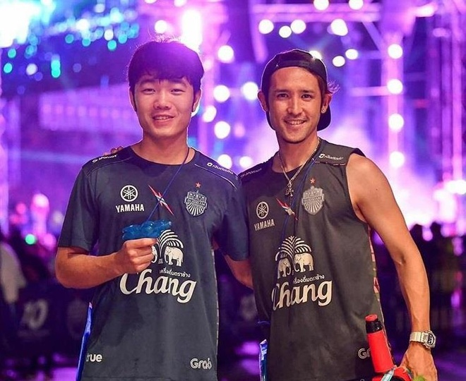 Du da roi Buriram United, Xuan Truong van than thiet voi dong doi cu hinh anh 2