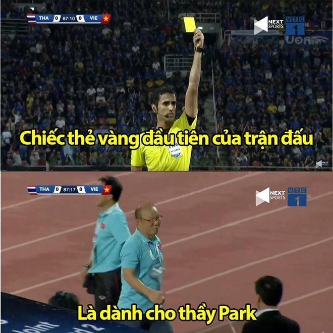 Anh che HLV Park Hang-seo 'an' the vang vi benh hoc tro hinh anh 7