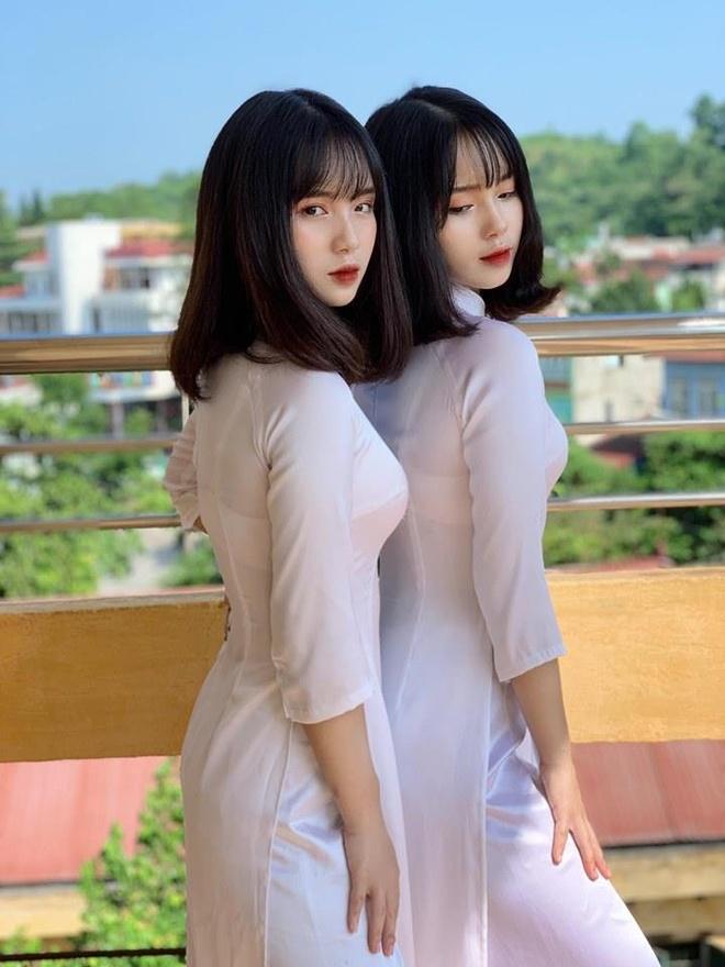 Chi em sinh doi Yen Bai anh 2