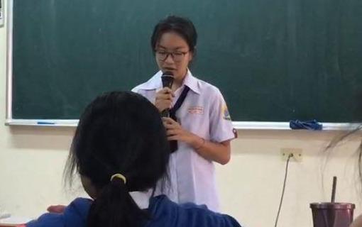 Nu sinh Sai Gon hat rap bai tho 'Viet Bac' hinh anh